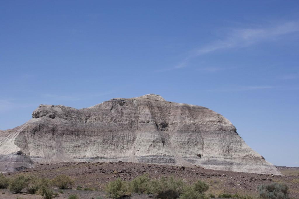 Виды вдоль шоссе I-40 по пути к метеоритному кратеру в Аризоне
