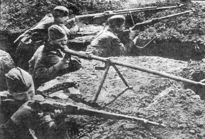 Вчетвером против 30-ти танков: Либо жить, либо умирать, но в плен не сдаваться