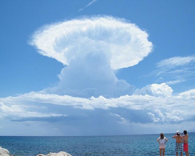 Встречи с облаками, которые вели себя как разумные существа