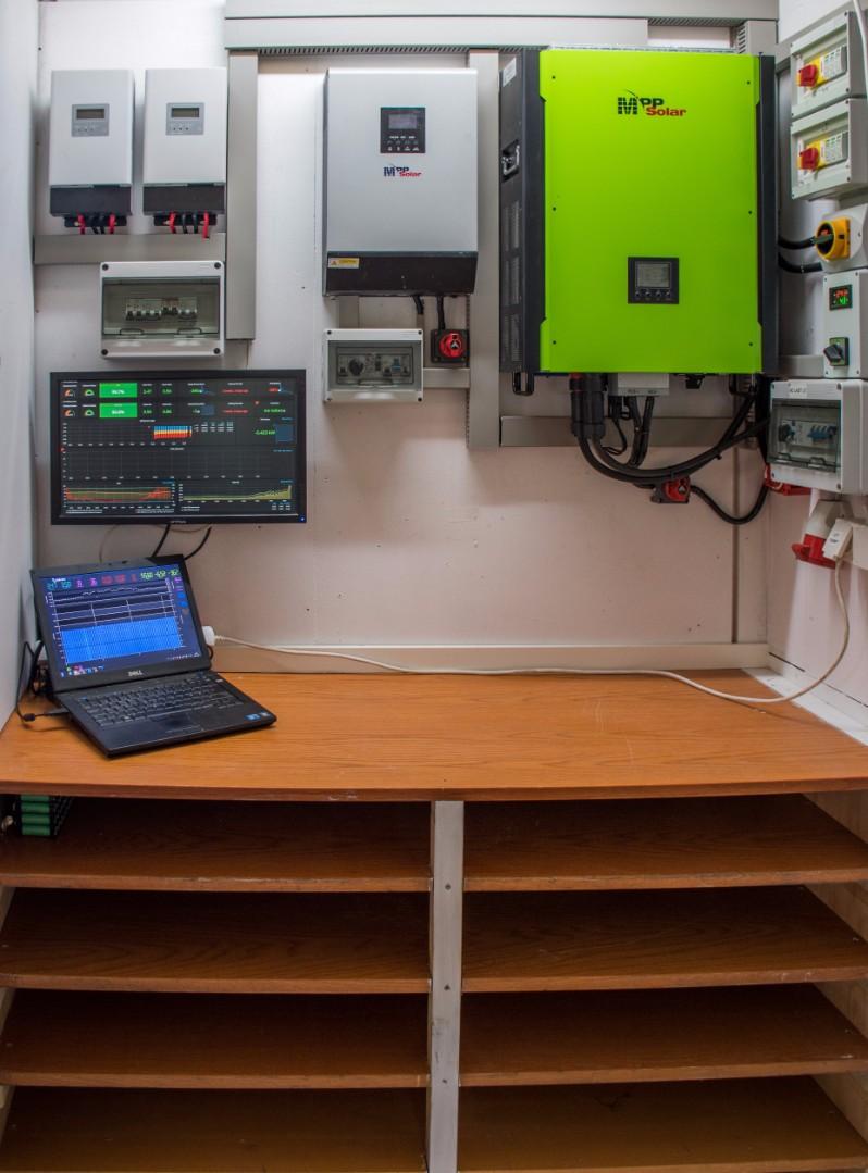 Самодельные домашние батареи на 30-100 кВтч делают из аккумуляторов выброшенных ноутбуков