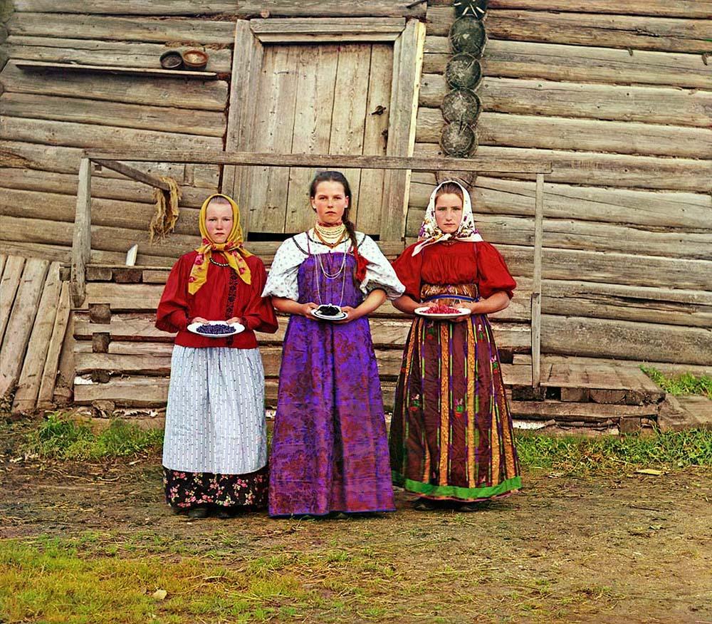 Крестьянские девушки, 1909 год