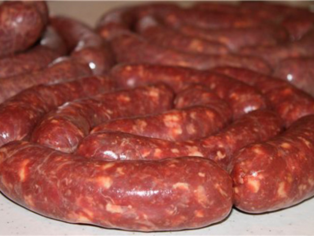 Как из дикого кабана сделать колбасу